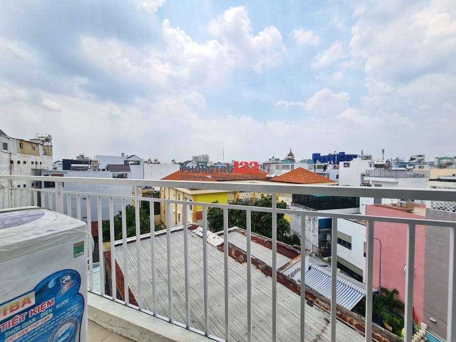 Căn hộ balcon 30m2 ở Nguyễn Văn Đậu - BT, đầy đủ nội thất ( có thang máy, hầm xe, báo cháy )
