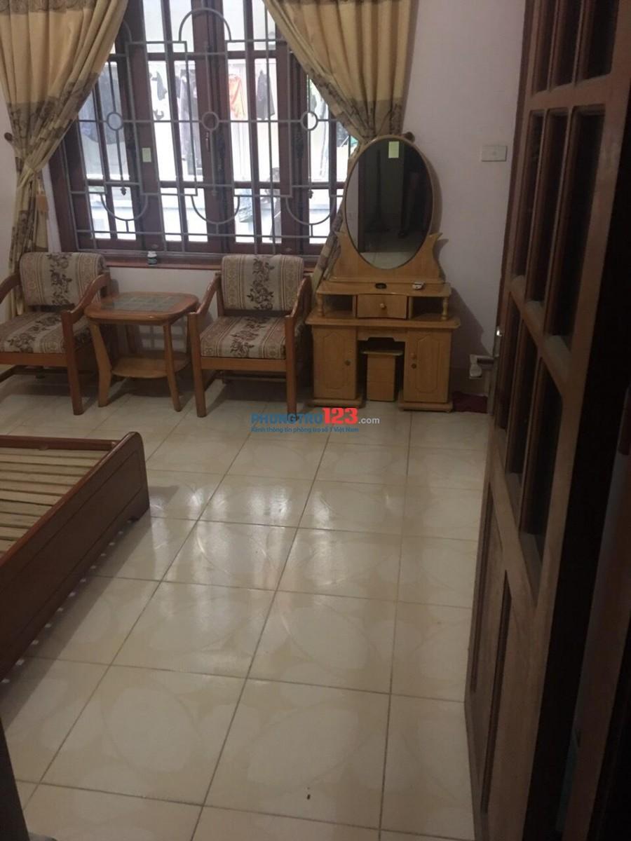 Cho thuê phòng trọ ĐỦ ĐỒ nhà riêng Chùa Láng cạnh ĐH Ngoại Thương