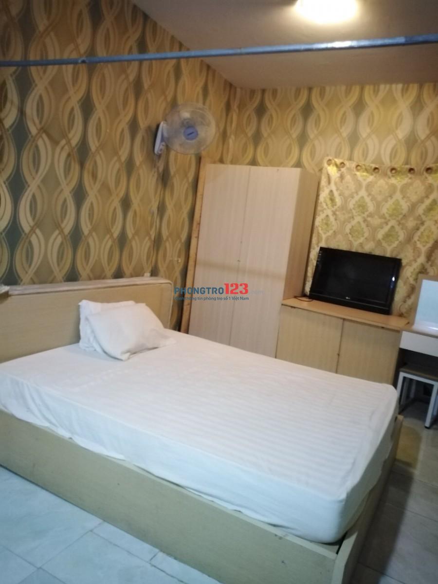 Sang Hợp Đồng Kinh Doanh khách sạn Quận 1