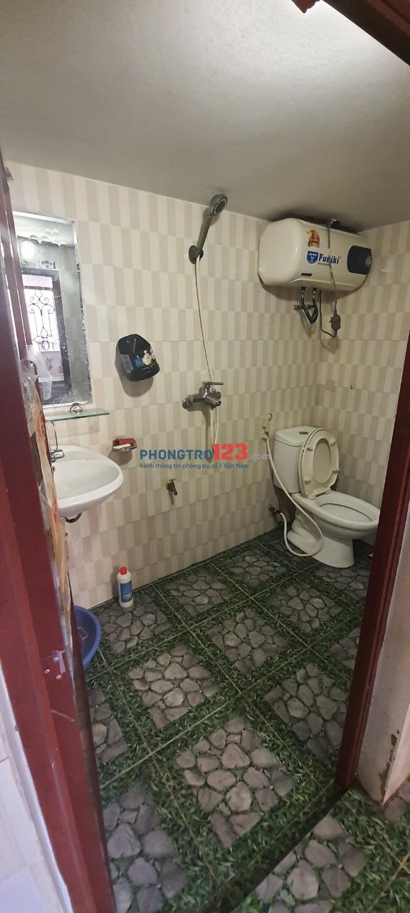 Cho thuê phòng riêng biệt rộng rãi, Rộng 50m2, khu an ninh