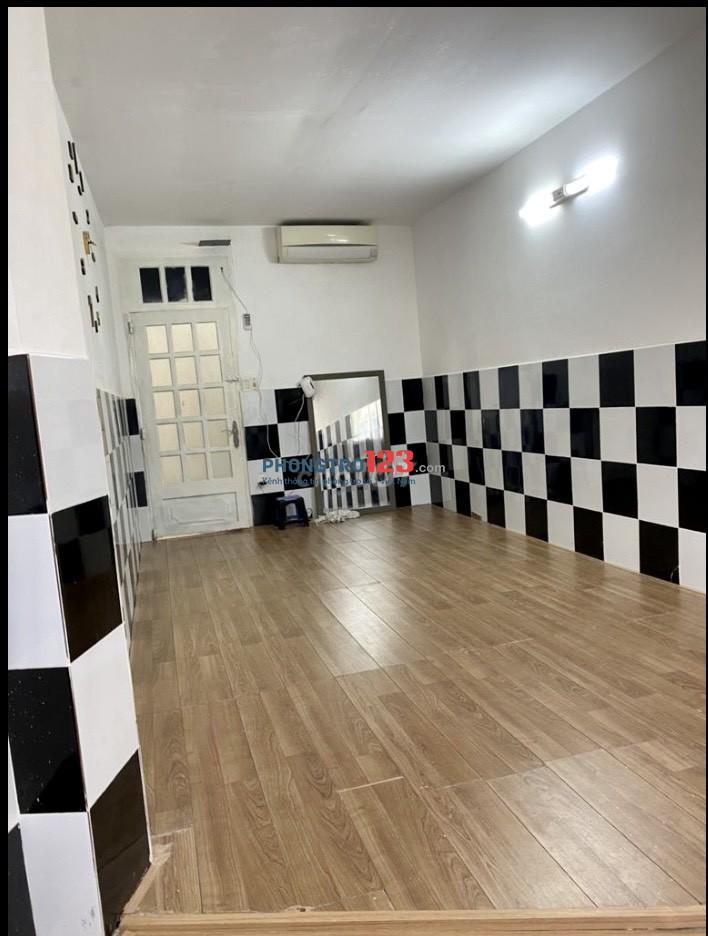 Cho thuê MB Tầng 3 tòa nhà mặt tiền 200 Nguyễn Cư Trinh P NCT Q1 giá 5tr/th