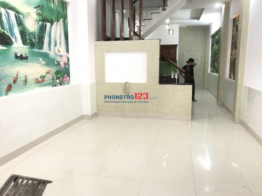 Chính chủ cho thuê nhà NC 4x19 1 trệt 3 lầu 4pn tại hẻm 640 Hà Huy Giáp Q12 giá 11tr/th