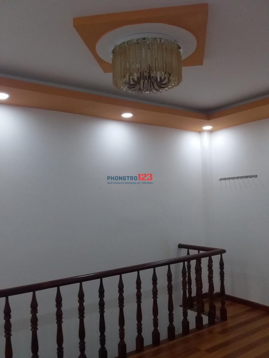 Cho thuê nhà nguyên căn chính chủ, địa chỉ 175/23F Nguyễn Văn Tăng Phường Long Thạnh Mỹ Q9 (hẻm xe hơi)