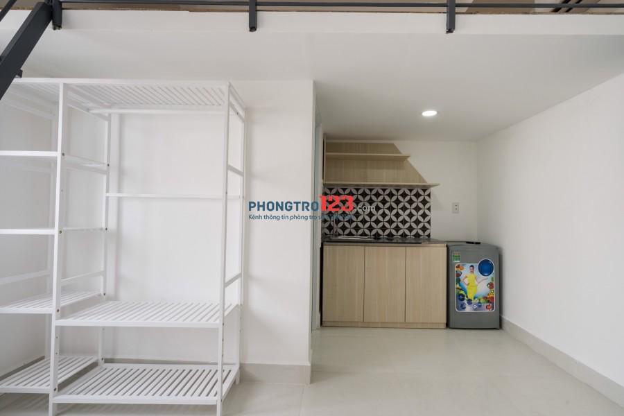 Phòng Vip có gác hiện đại, gần ngã tư Phú Nhuận, PhanX.Long