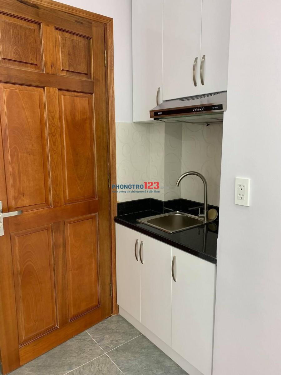 Cần cho thuê phòng ngay ngã 4 phú nhuận, có bảo vệ 24/24 cực kì an ninh, camera quan sát 24/7.