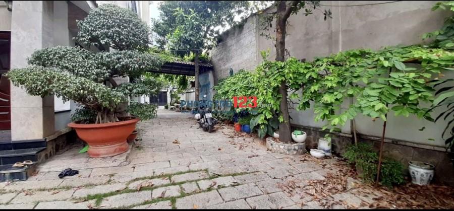Chính chủ cho thuê biệt thự sân vườn 500m2 Gần chợ Đo Đạc P Bình An Q2