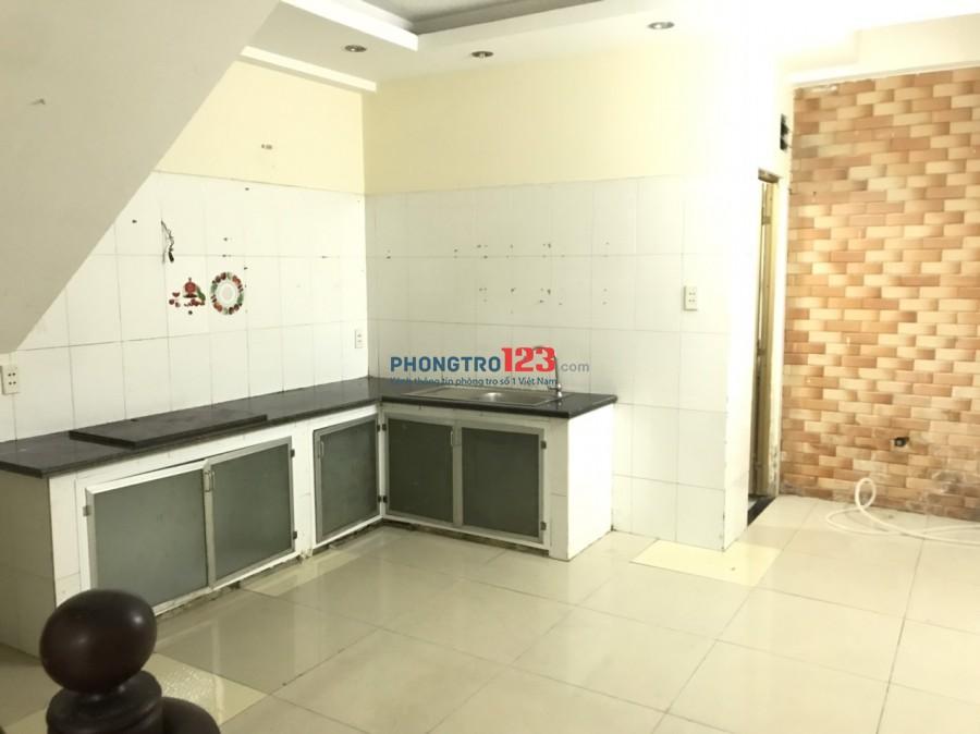Cho thuê nhà NC 4x12 1 trệt 2 lầu HXH tại 39/39B Đường số 3 P9 GVấp giá 10tr/th