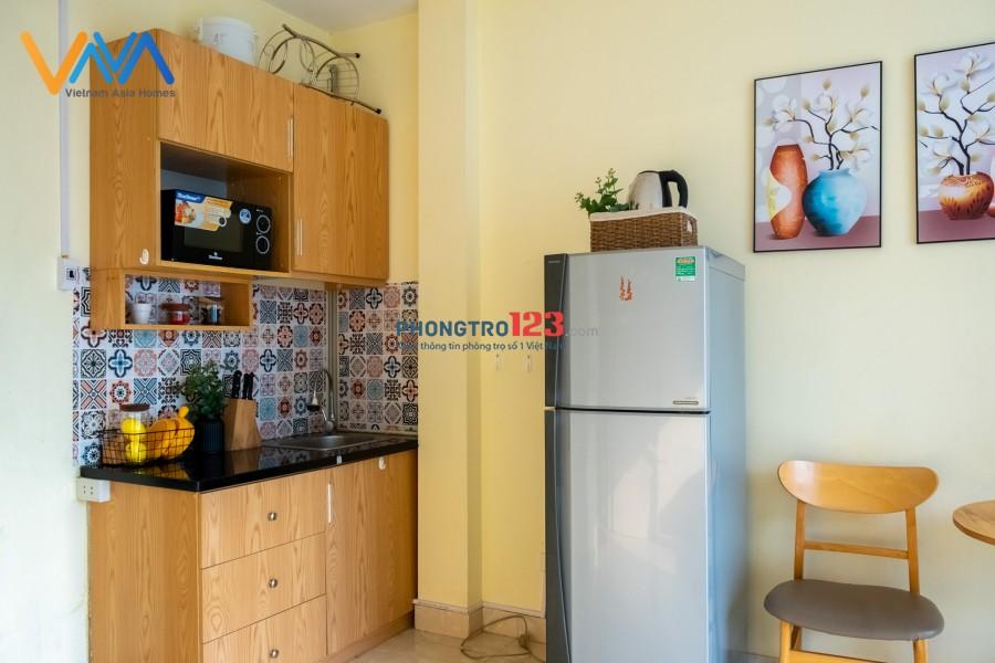 Phòng Thuê VnaHomes Studio 02 620 Lạc Long Quân Cửa Sổ Lớn
