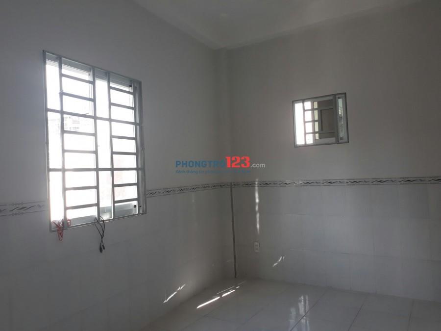 Phòng Lê Văn Huân đối diện Etow 18m2, 2,5tr, Tân Bình