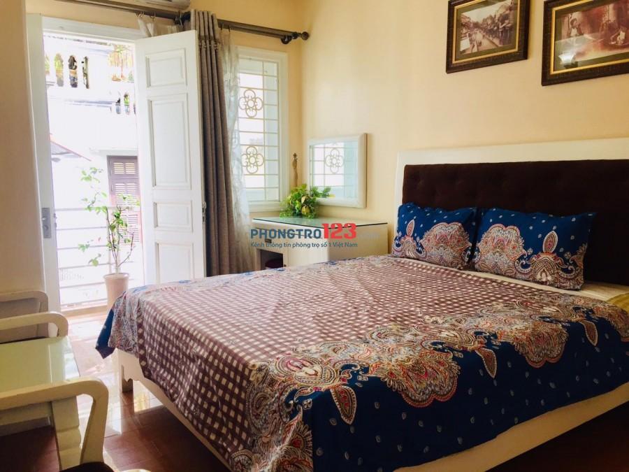 Cho thuê CCMN full đồ khép kín, có ban công tại Lạc Long Quân, Tây Hồ giá cực rẻ