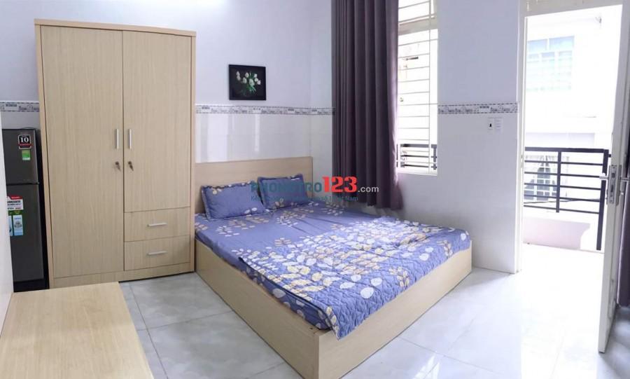 Phòng có cửa sổ và hành lang thoáng quận Tân Bình - Gần Sân bay