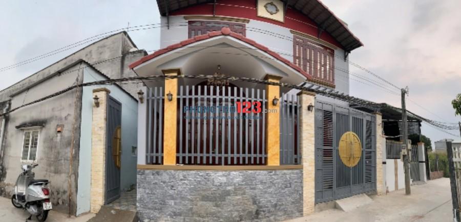 Chính chủ cho thuê nhà 8x8 1 trệt 1 lầu tại Đường Rừng Sác - Bình Khánh Cần Giờ giá 5tr/th