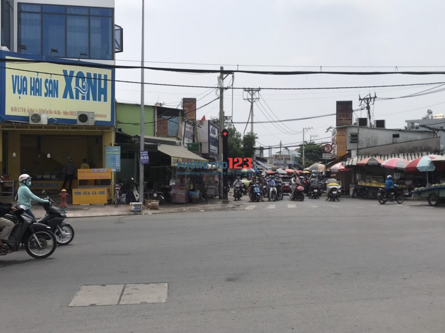 Chính chủ cho thuê nhà ngay góc ngã tư Bùi Văn Ngữ Hóc Môn - Tô Ký Q12