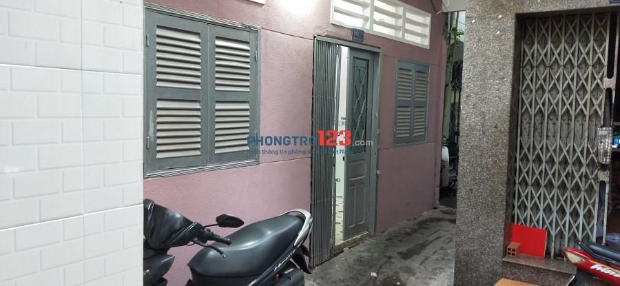 Nhà cho thuê nguyên căn - 53 m2, trung tâm quận Phú Nhuận
