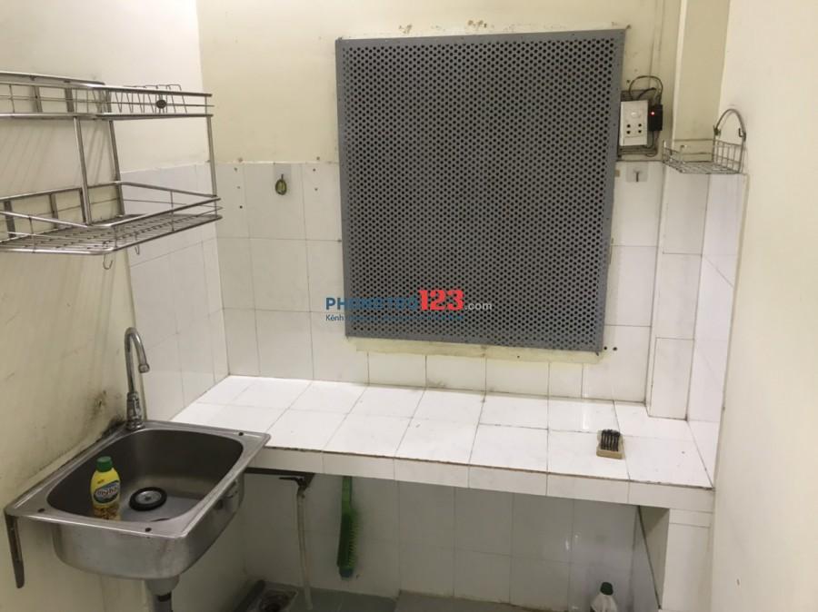 Chính chủ cho thuê tầng 1 có máy lạnh 3x10 tại 288L5 Nam Kỳ Khởi Nghĩa Q3 giá 3,8tr/th