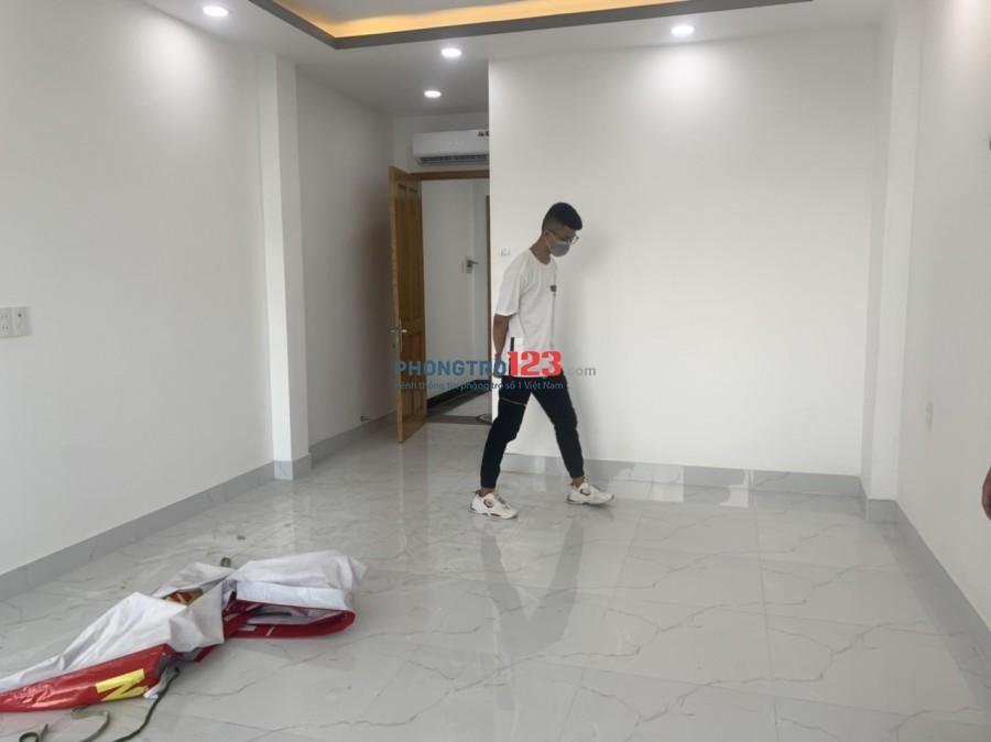 Căn Hộ Cao Cấp mới xây full nt ban công siêu rộng ngay Thích Quảng Đức P.5 Phú Nhuận