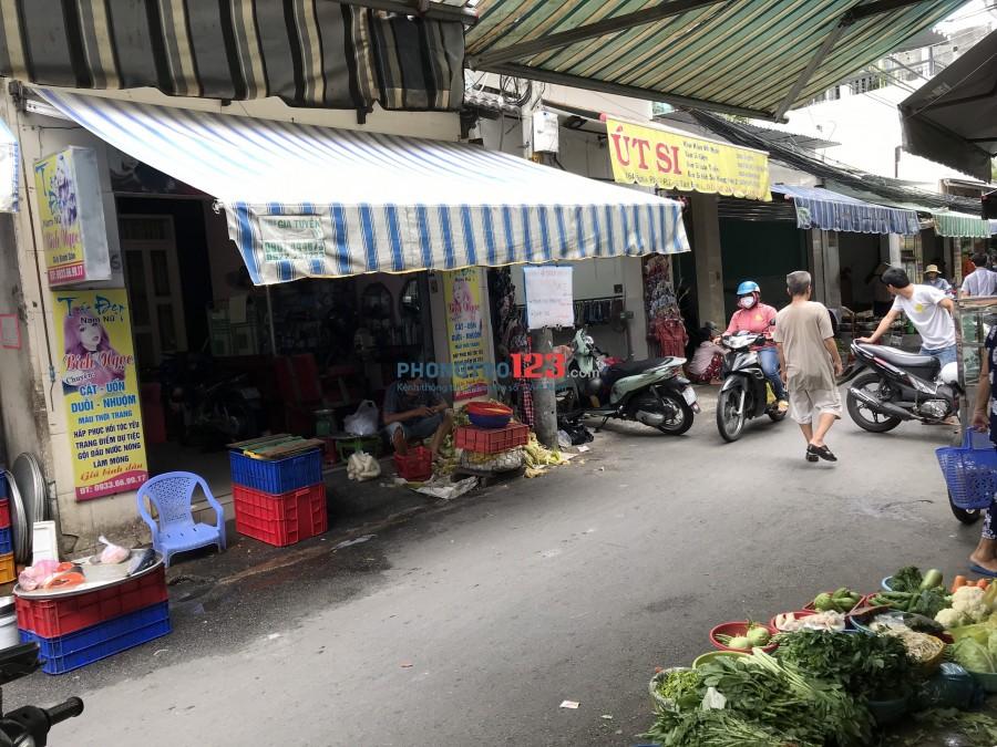 Chính chủ sang gấp tiệm bánh trong chợ Nghĩa Phát P6 Q Tân Bình
