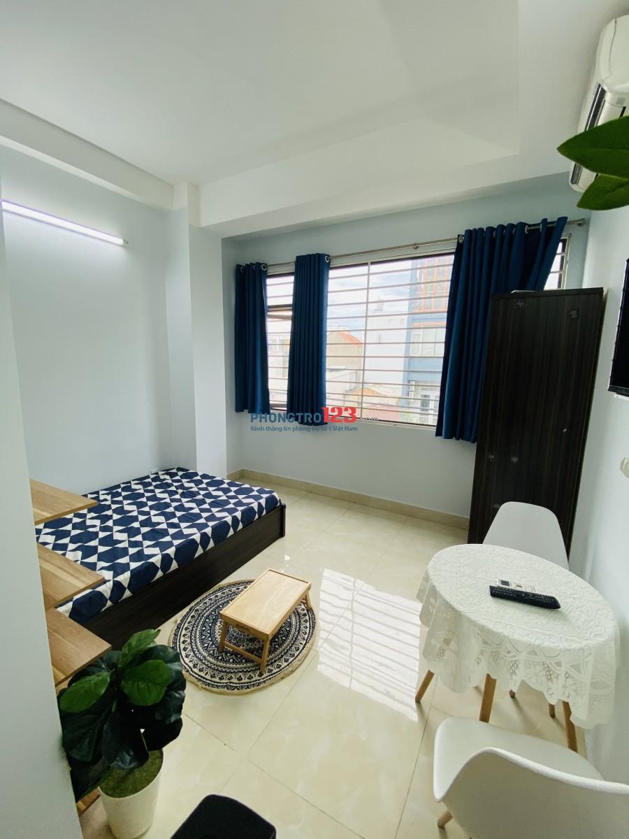 Phòng trọ cho thuê đầy đủ nội thất mới đối diện Landmart 81, thuận tiện qua lại nhiều khu vực quận trung tâm