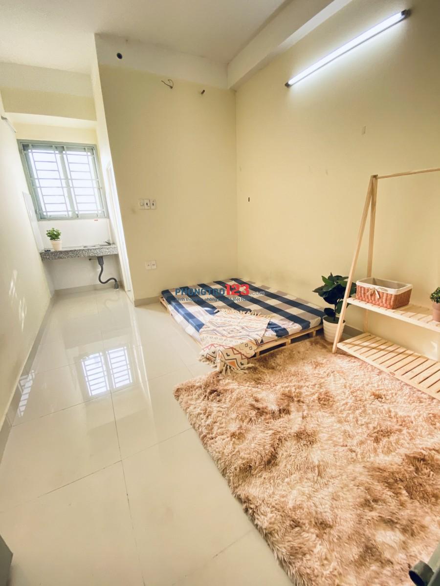 Phòng giá Sinh viên gần Vincom Phan Văn Trị.