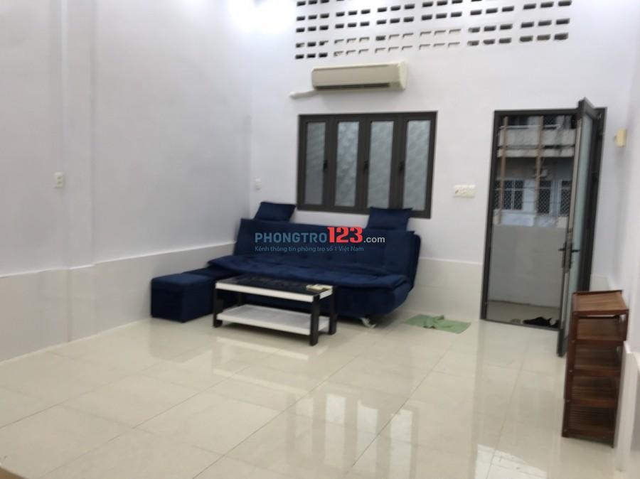 Chính chủ cho thuê CH 75m2 2pn đầy đủ nội thất Mặt tiền Nguyễn Công Trứ Q1 giá 13tr/th