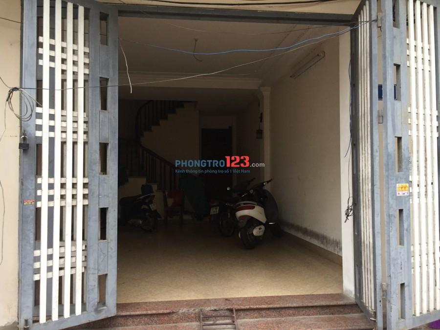 Tìm nữ ở ghép ngõ 858 Kim Giang Nguyễn Xiển Hoàng Mai