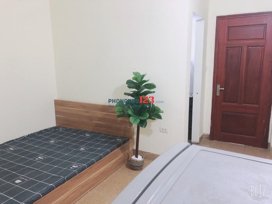 Chính chủ cho thuê phòng full đồ, khép kín, ban công tại 282 Lê Trọng Tấn, Hà Đông
