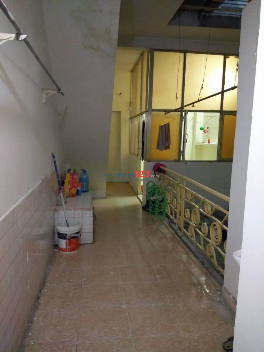 Cho nữ thuê phòng trọ Số 270 Trần Phú, Quận 5. Liên hệ chị Thi: 0919709670