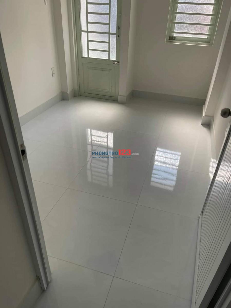 Cho thuê nhà 1 trệt 3 lầu, Lạc Long Quân, phường 10, Tân Bình