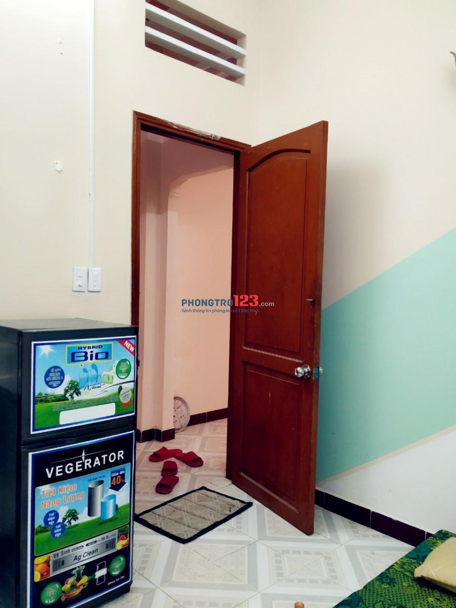 Phòng Giờ tự do, Nấu ăn CMT8 Cv Lê Thị Riêng