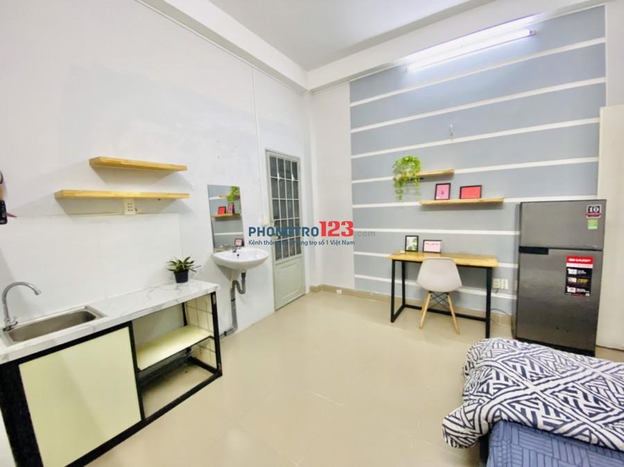 Phòng trọ cao cấp, full nội thất rộng từ 25m2 đến 30m2 tại đường Thích Minh Nguyệt, Tân Bình