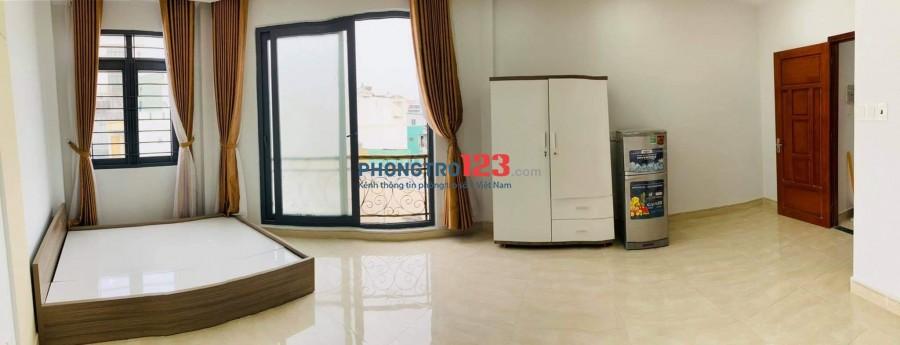 Studio rộng 40 m2 Ban Công & Cửa Sổ + FULL tiện nghi tại 49/30 Nguyễn Văn Đậu