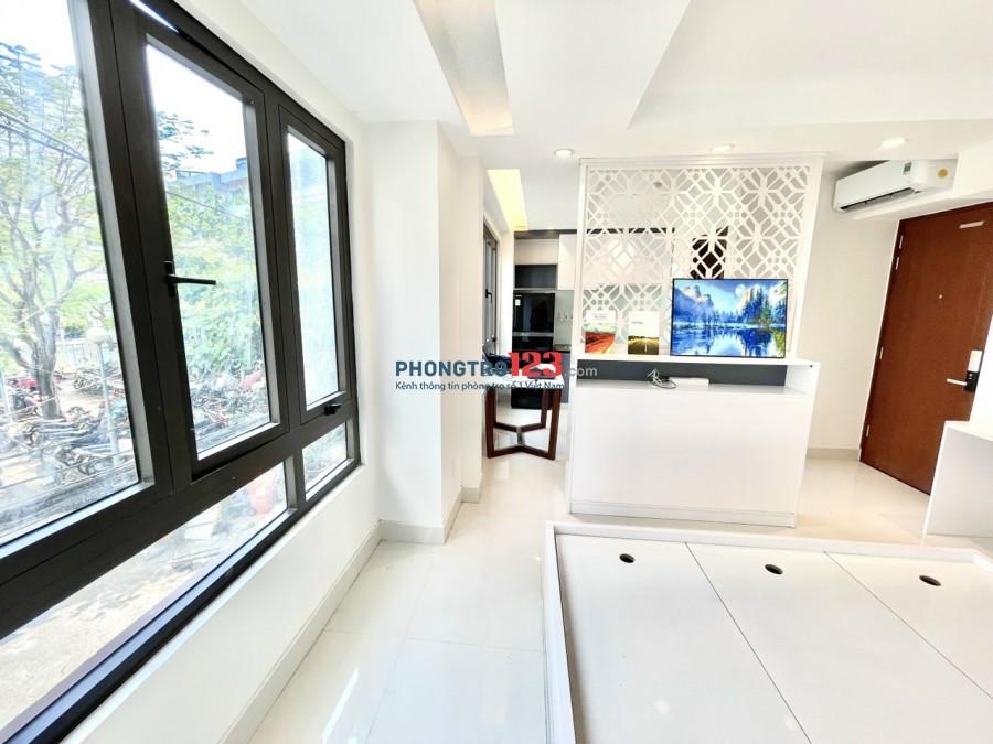 Phòng đẹp mới xây 100% ban công thoáng mát tự do. Hotline: Mr. NHẬT 09364.07364
