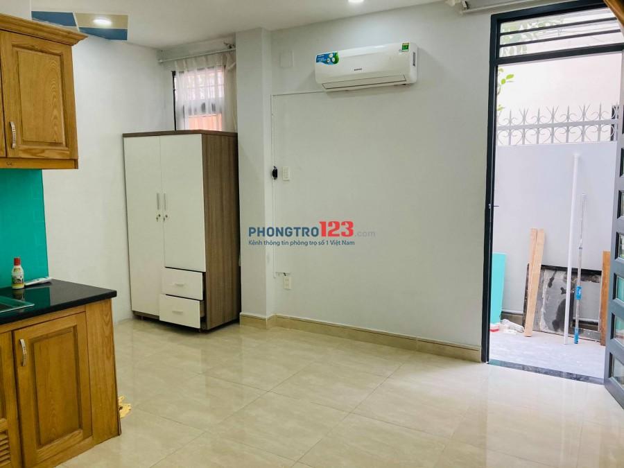 Phòng rộng 45m2 ban công cửa sổ, full tiện nghi tại 49/30 Nguyễn Văn Đậu