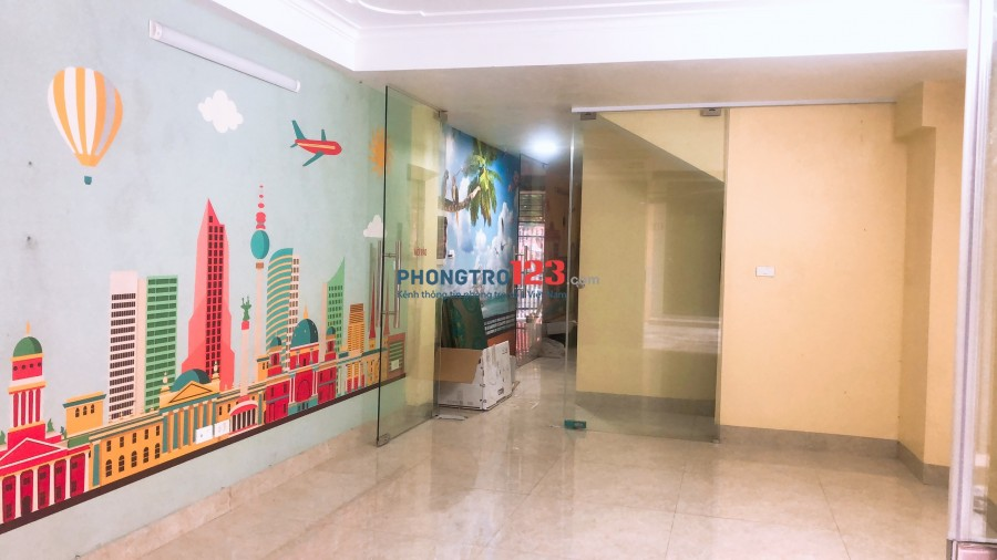 CC cho thuê MBKD, gần mặt đường Nguyễn Khuyến, có wc, riêng điều hòa