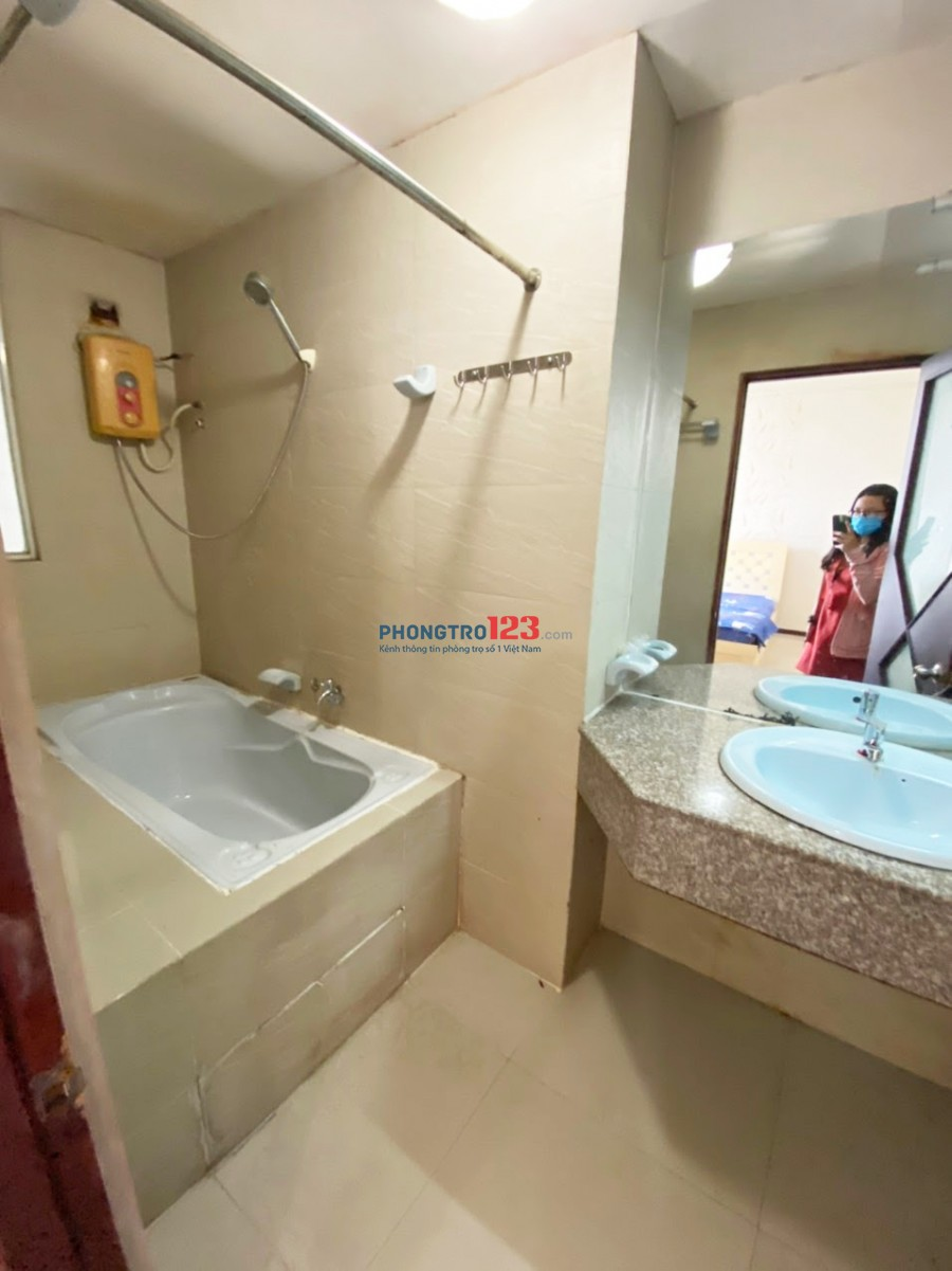 Cho thuê studio đầy đủ nội thất mặt tiền Võ Văn Kiệt Quận 5