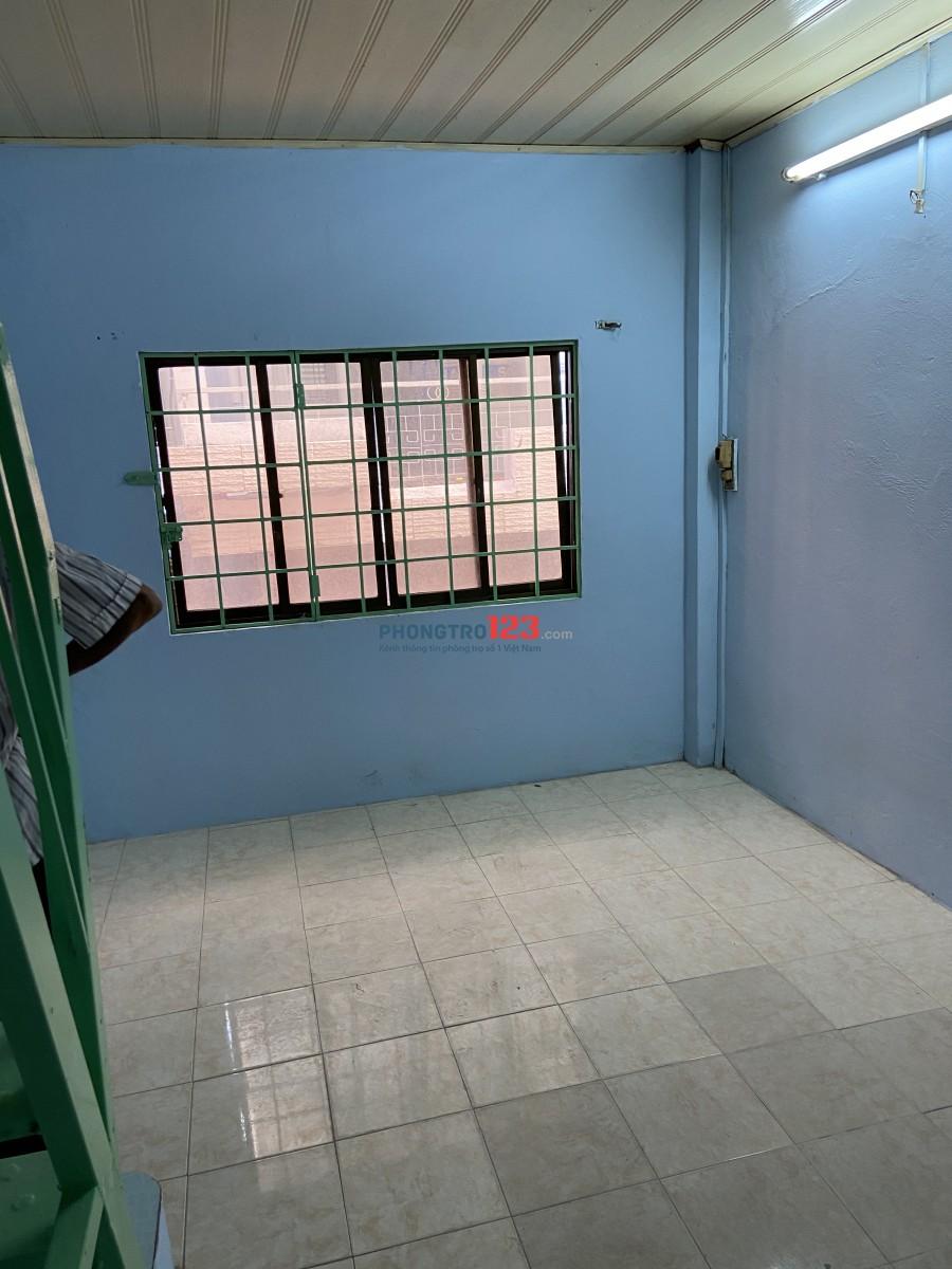 Cho thuê nguyên căn 5tr một tháng tại 462/45 Nguyễn Tri Phương P9 Q10
