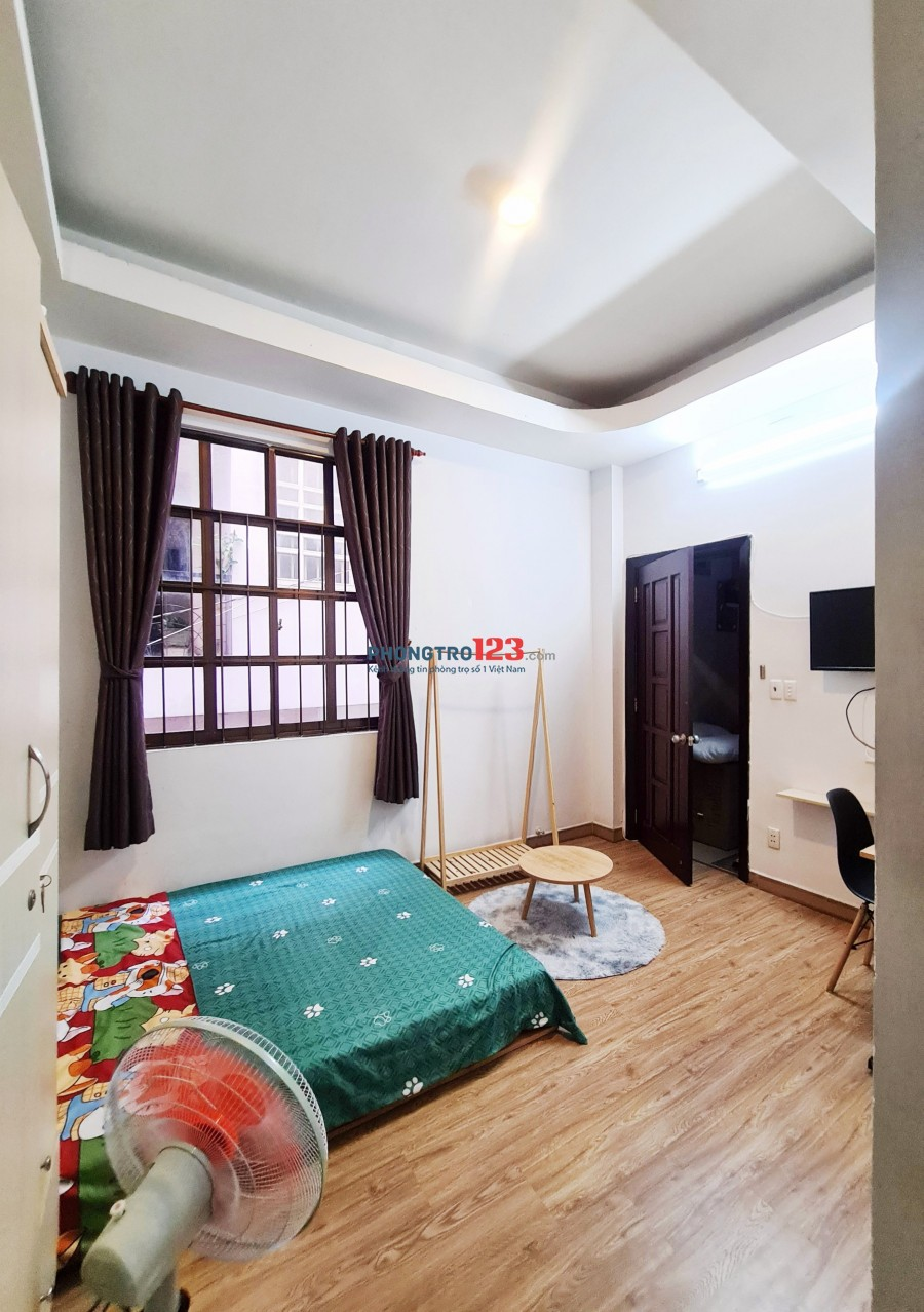 Cần cho thuê phòng rộng 20m2 tại Nguyễn Thông - Q3 !