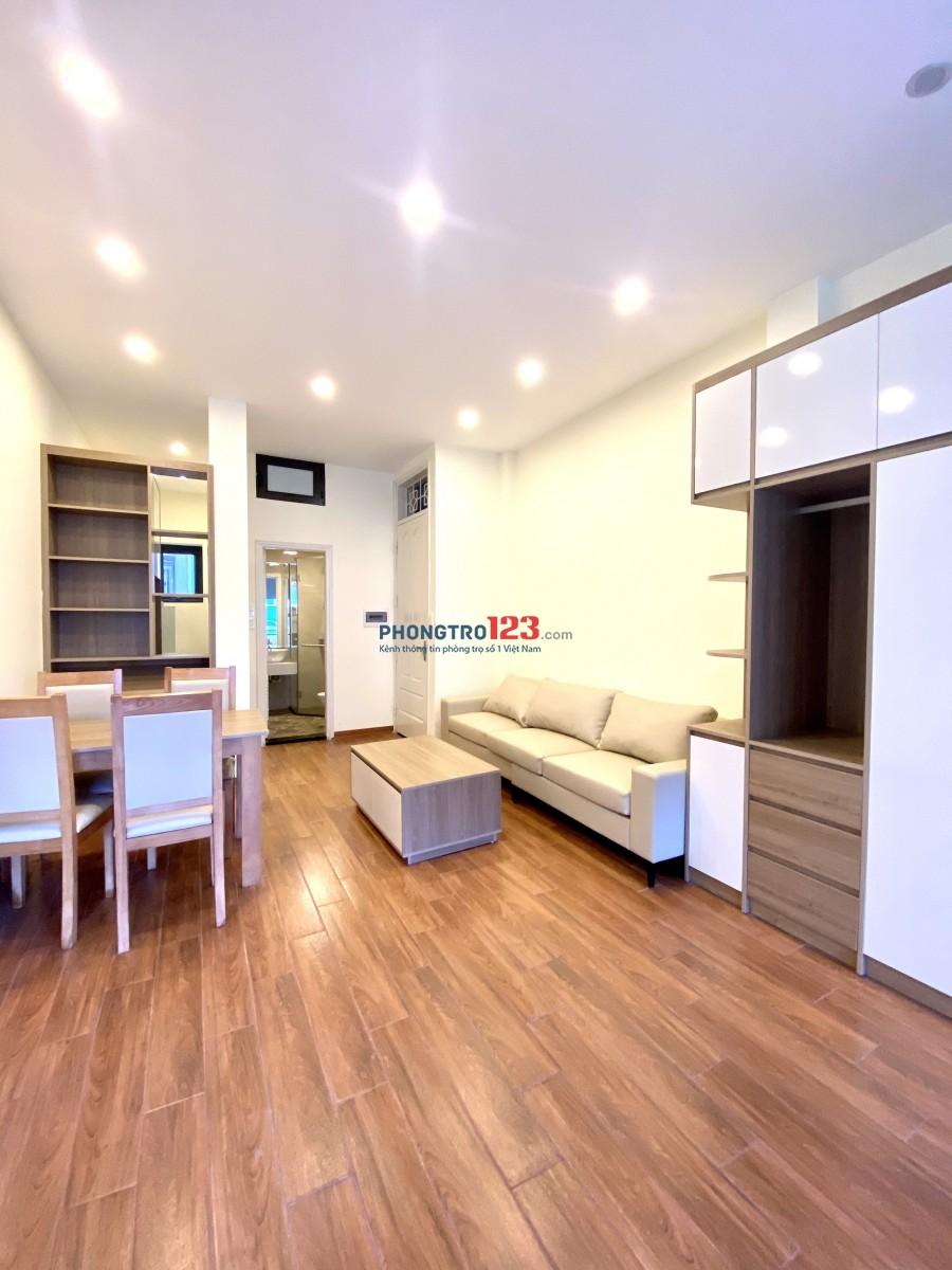 Căn Hộ Cao Cấp full nội thất mặt phố quận Ba Đình 50m2