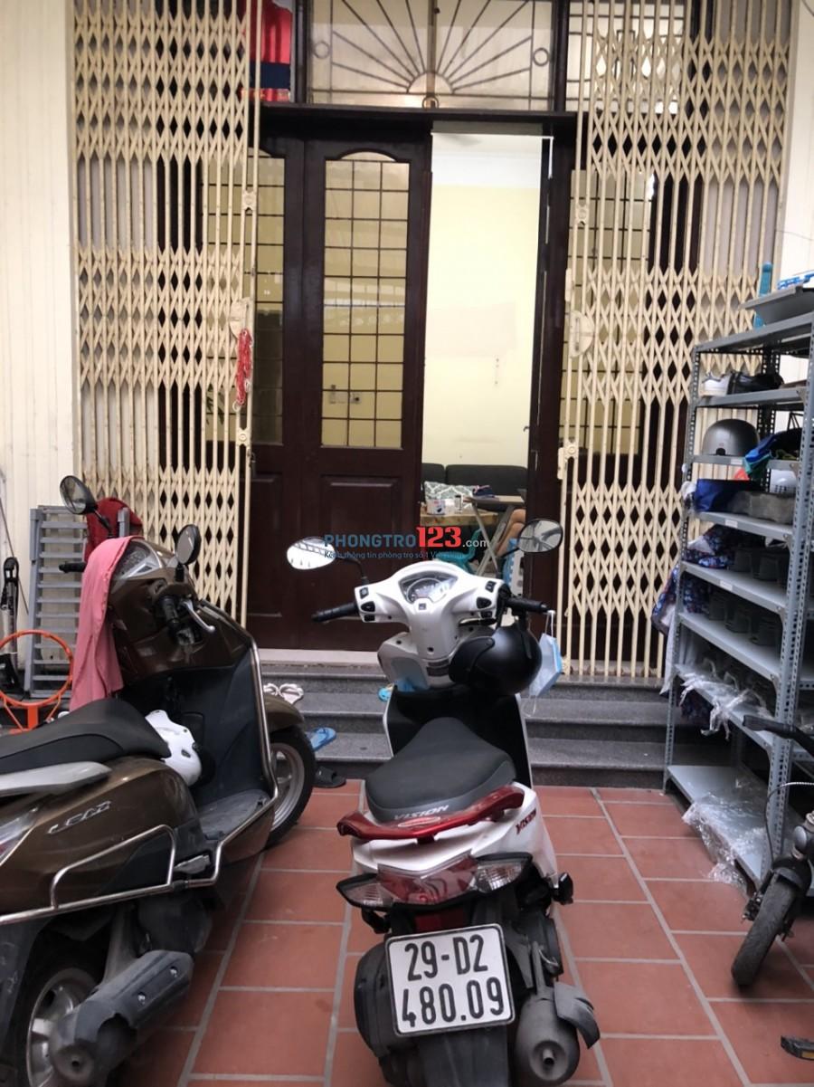 Cho thuê nhà nguyên căn 70m2, 15tr/tháng tại Ngõ 219 Nguyễn Ngọc Nại, Thanh Xuân