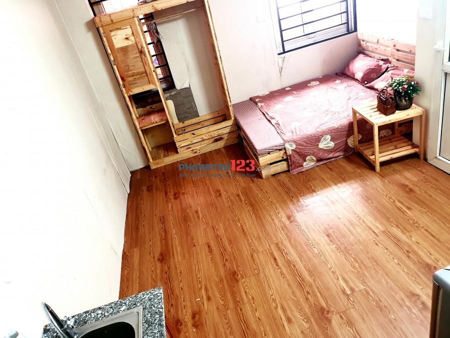 Cho thuê phòng chung cư đầy đủ đồ, có thang máy, rộng 30m2 tại ngõ 360 Xã Đàn