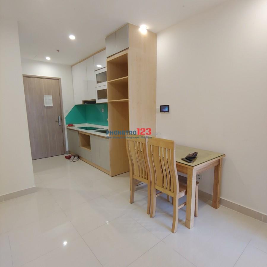 Cho thuê căn hộ studio 30m2 bếp rèm giá, niệm, bàn ăn, giá 4 triệu