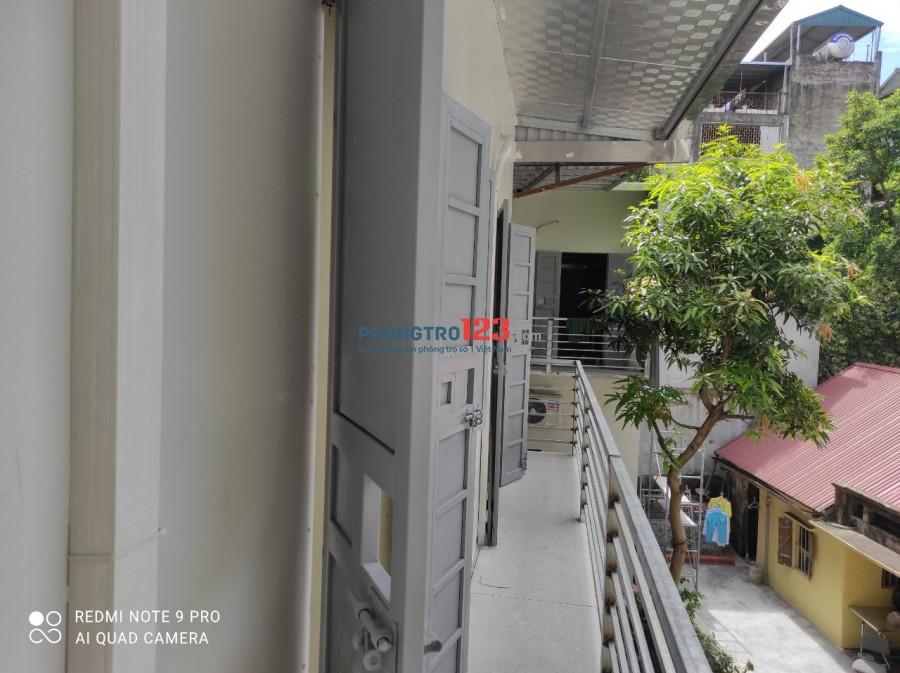 Phòng trọ mới xây gần đường Trần Duy Hưng rộng 20m3, gác 8m, phòng từ 3 triệu - 3,3 triệu