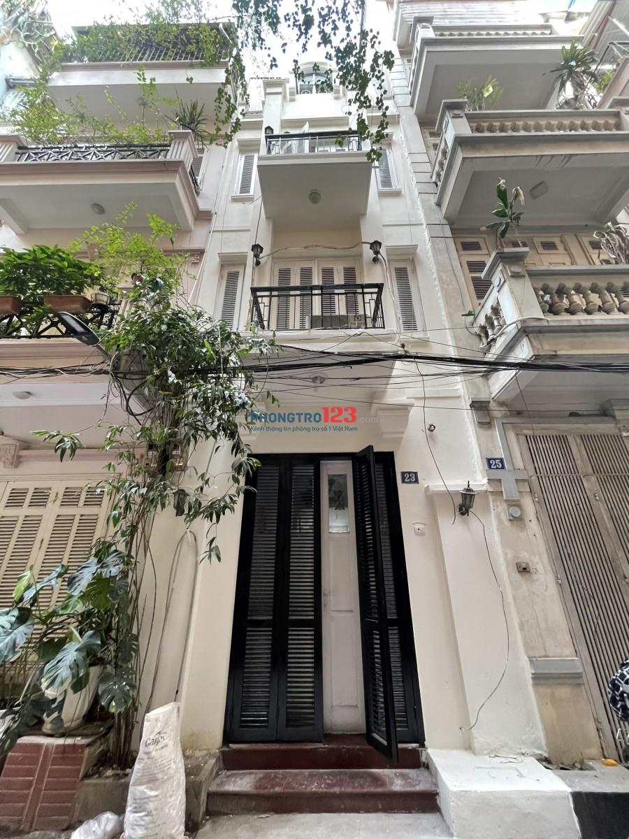 Cho thuê nhà nguyên căn 4 tầng 44m2 /tầng. Liên hệ anh Hiếu 0966843339