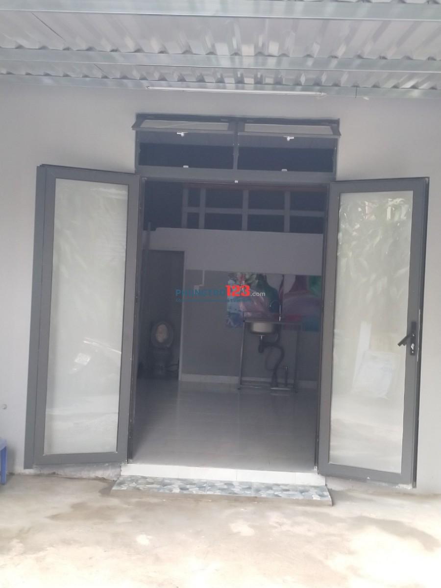 Cho thuê nhà nguyên căn mới xây,điện nước giá nhà nước