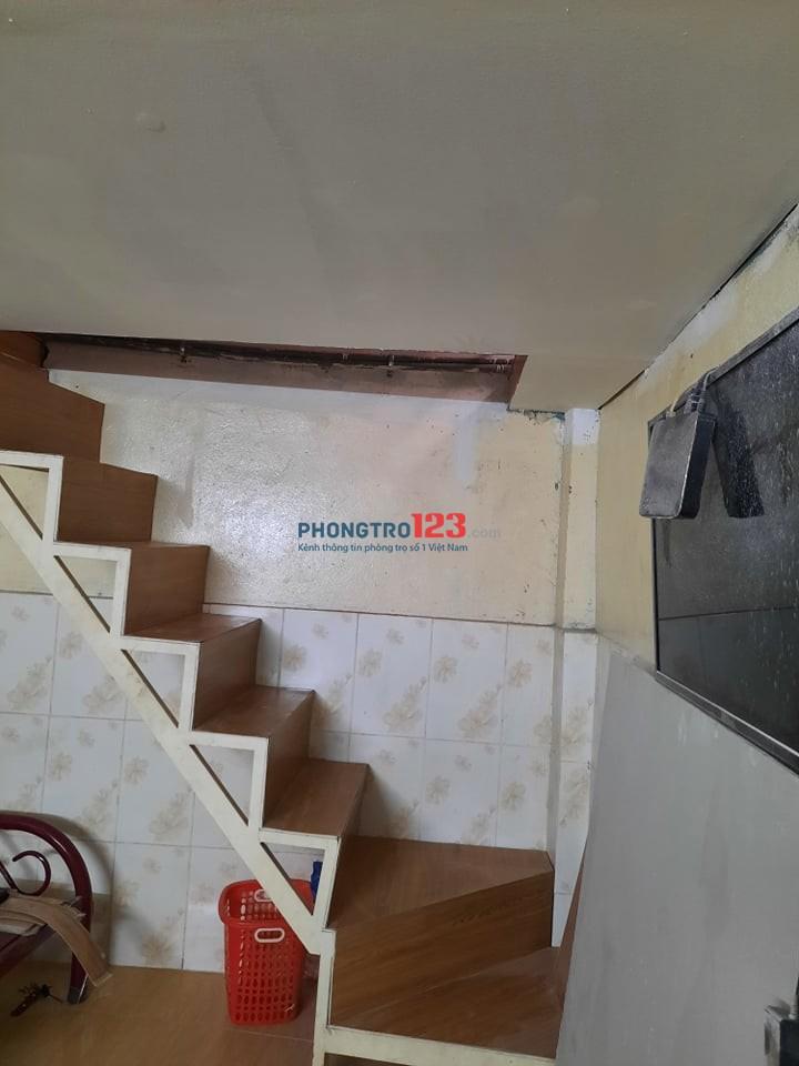 Cho thuê nhà nguyên căn đối diện cổng chính Suốt Tiên. Diện tích 25m2 giá từ 2.8 triệu/tháng