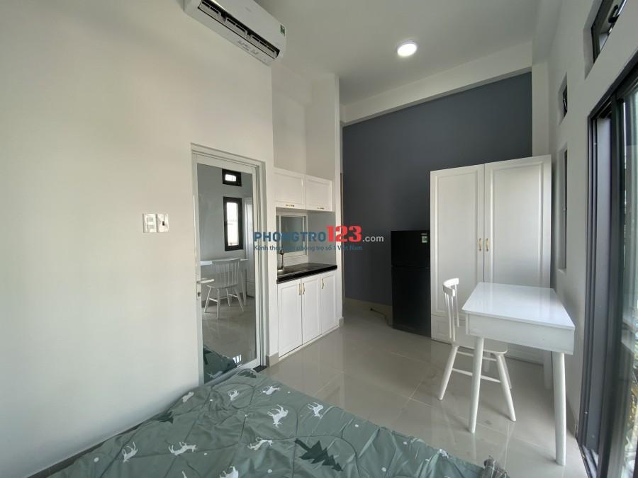 Phòng mới xây 100%, full nội thất Đ.Âu Cơ Q.Tân Phú giáp Q10 đi trung tâm rất gần, cam kết y hình
