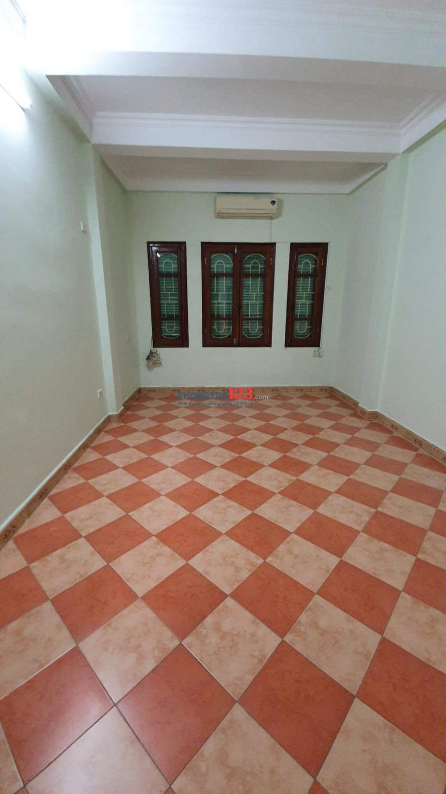 Cho thuê nhà nguyên căn 124 Nguyễn Xiển, Thanh Xuân, Hà Nội