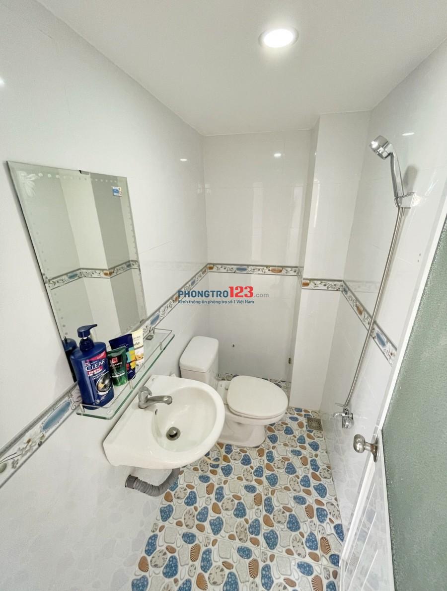 Phòng tại640 Đường Nguyễn Kiệm, Phường 4, Quận Phú Nhuận, sạch sẽ, tiện nghi, như hình 100%