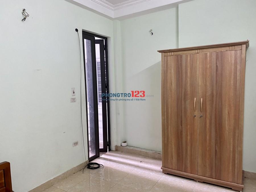 Cho thuê phòng Quận Hai Bà Trưng, Hoàng Mai. Diện tích 20m2, giá thuê 2tr5/tháng