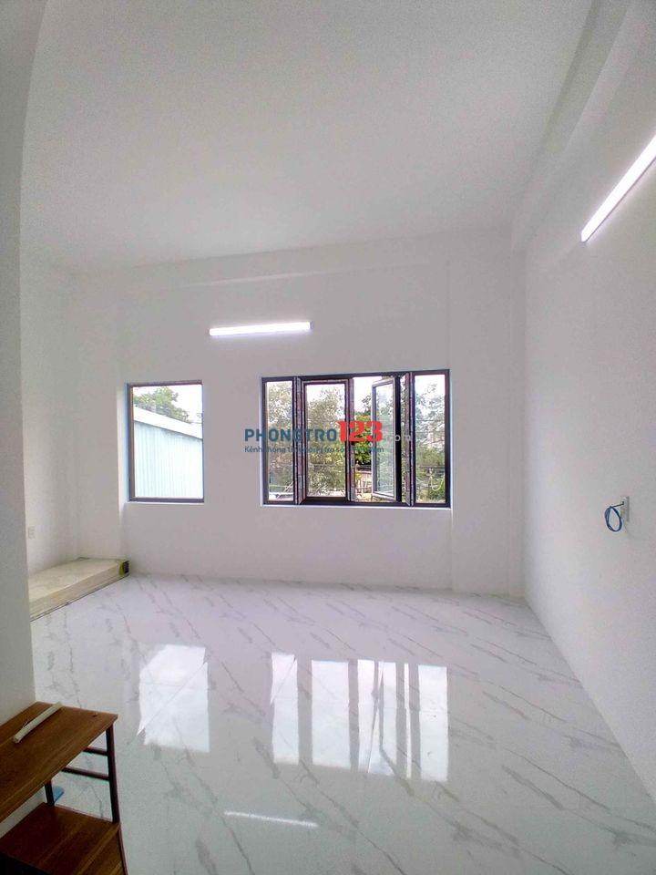 Cho thuê phòng mới xây Tôn Đản. Diện tích 24m2, giá thuê 2tr4/tháng